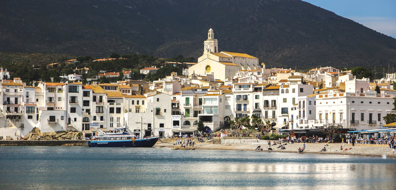 Cadaques_yacht_charter