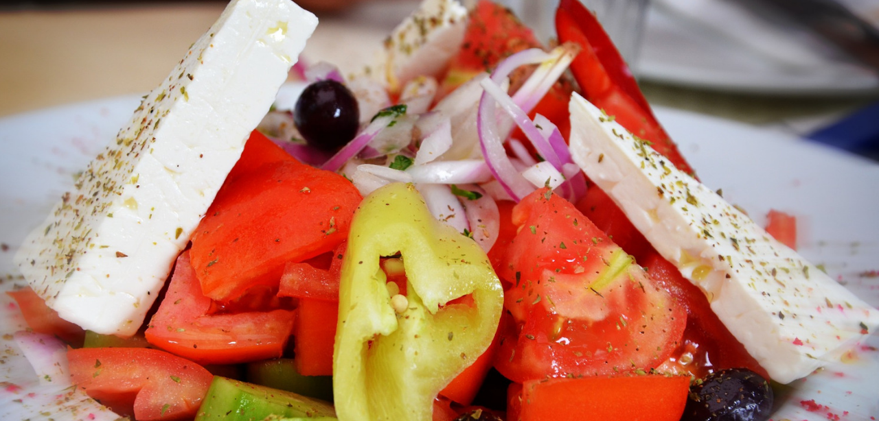 Greek salad - Food to cook on a sailing boat holiday Greece
