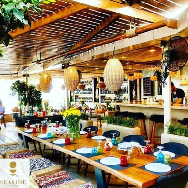 Seaside Santorini restaurant (5)